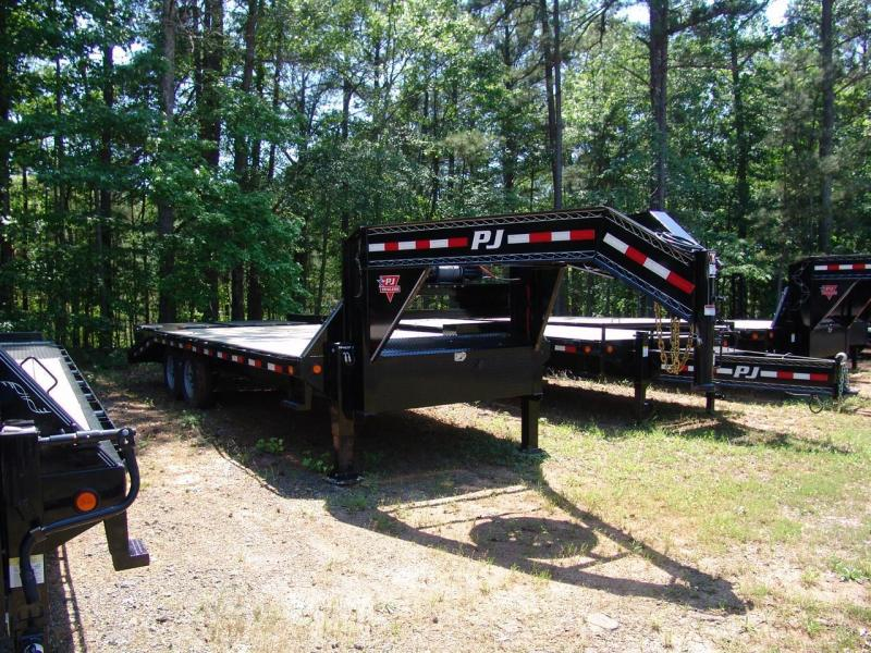 2017 PJ Trailers FS22 Equipment Trailer