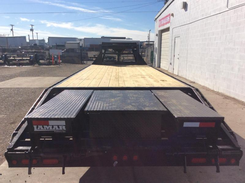 2018 25FT Lamar Trailers Gooseneck