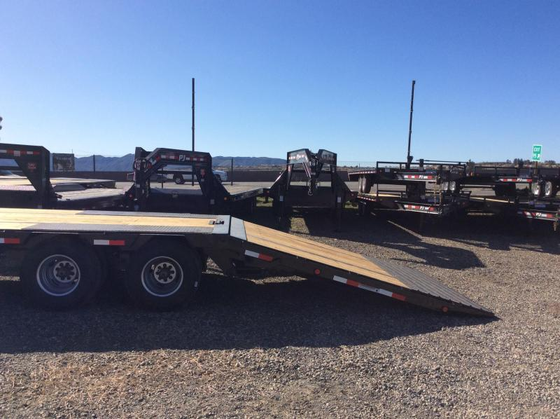 2019 PJ Trailers 34' Flatdeck with Hydraulic Dove Trailer