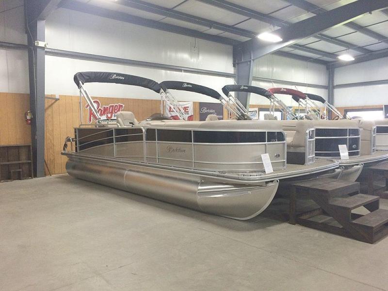 2015 Berkshire 230CL ULTRA PREMIUM 23' Power Boat - Pontoon Boat
