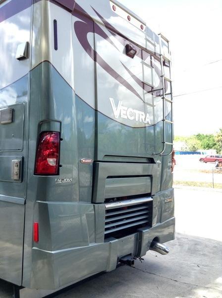 2007 !!SOLD!! Winnebago Vectra Series 40TD-Cummins 400hp
