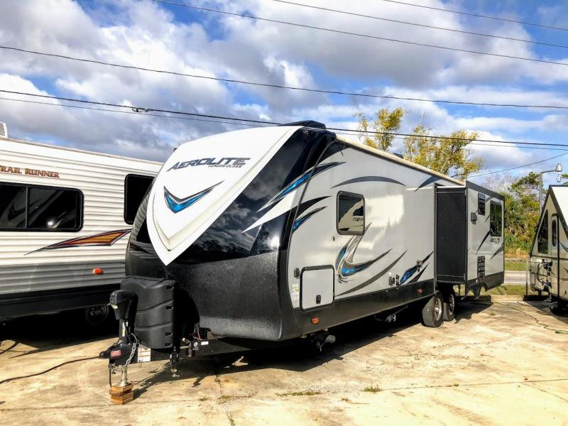 2017 Dutchmen Aerolite Luxury Class 298RESL Travel Trailer