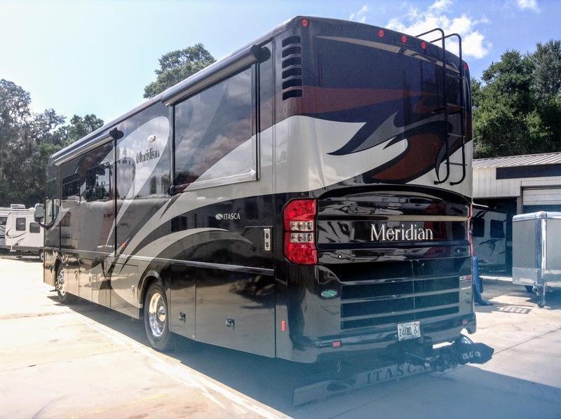 2014 Itasca Meridian 36M Class A RV