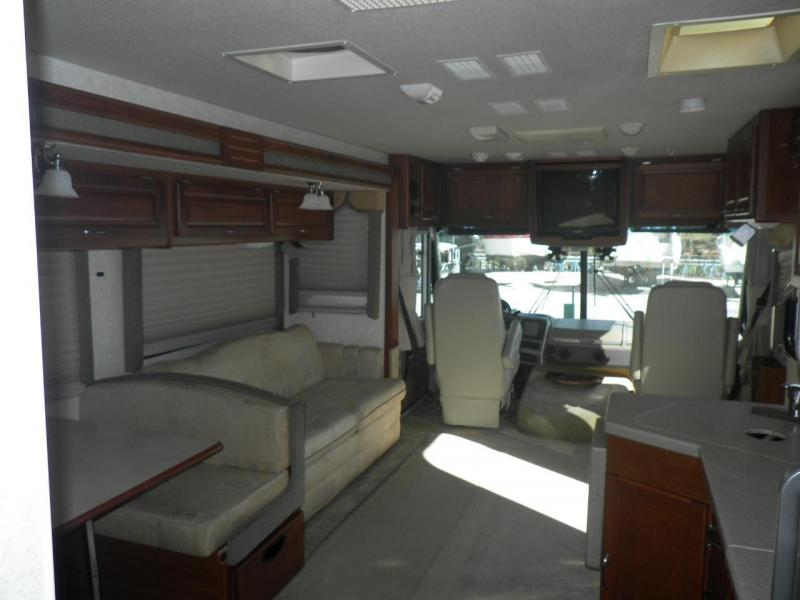 2003 !!SALE PENDING!!! Fleetwood RV Southwind 32VS Ford Class A RV