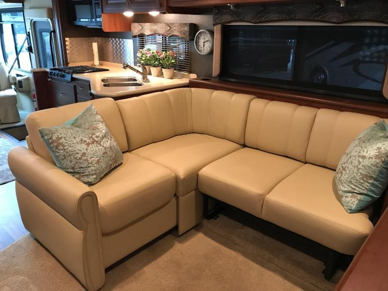 2013 Holiday Rambler Vacationer 36SBT Class A RV