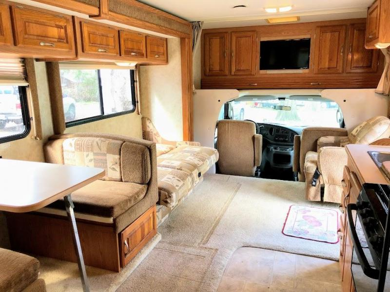2004 Four Winds 31P E45 Class C RV