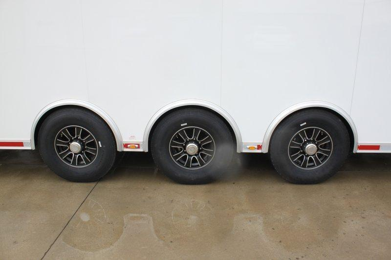 2018 inTech Icon 34' All Aluminum Triple 7000 Torsion Axle Stacker Trailer White