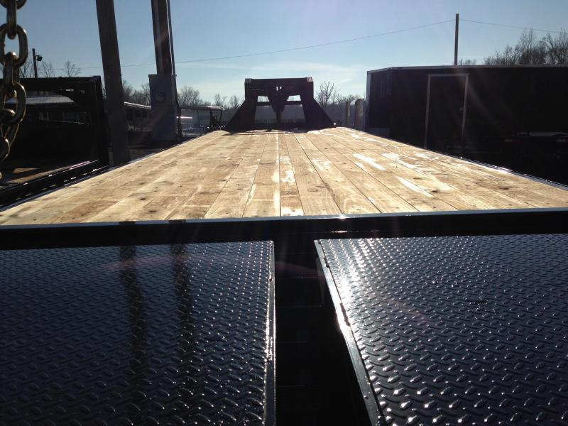 102x32 PJ Gooseneck Flatbed Trailer-10K Axles-CLEARANCE