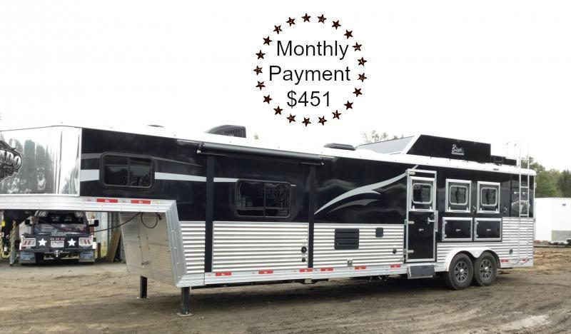 2017 BISON 8313SVB 3 HORSE SILVERADO WITH 13' SHORT WALL ***JUST REDUCED***