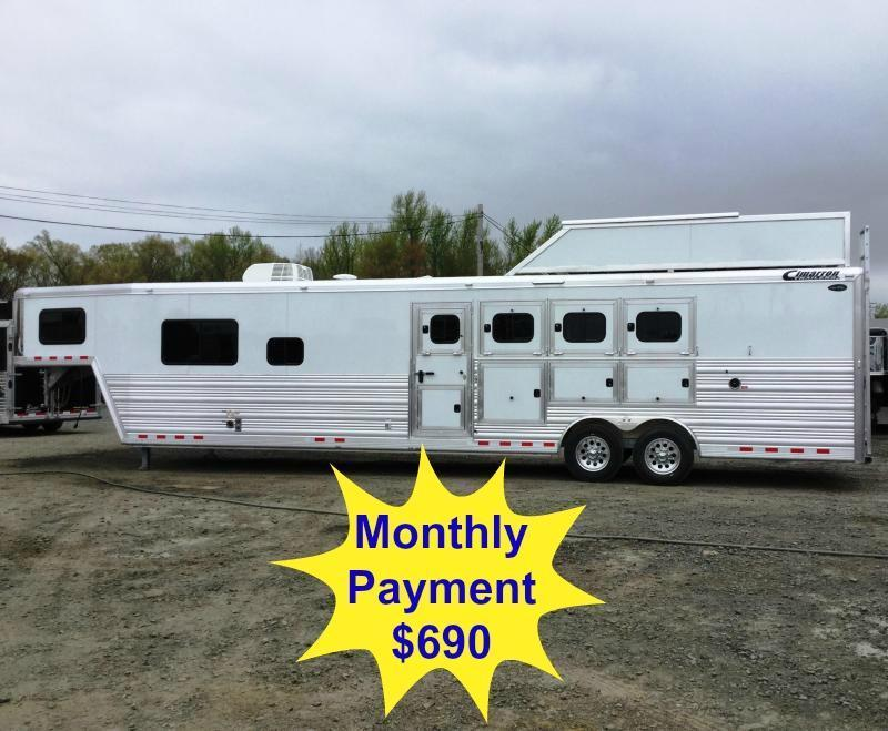 2016 CIMARRON NORSTAR 4H SLANT WITH TRAIL BOSS LIVING QUARTERS ***JUST REDUCED***