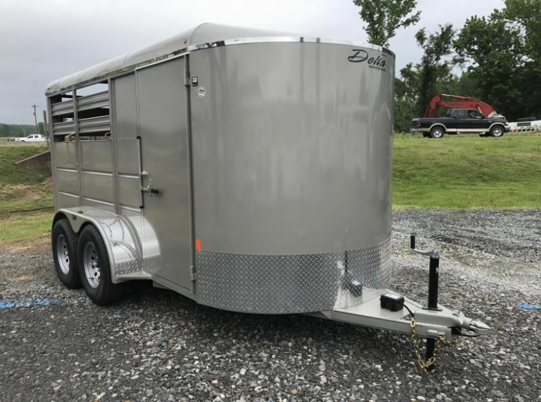 Delta Two Horse Bumper Pull Trailer-Dressing Room