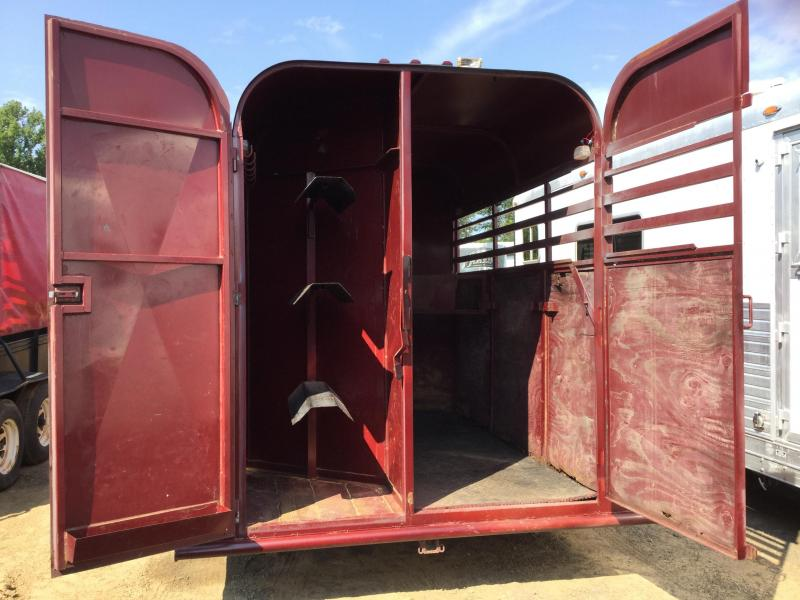 USED Chaparral 3 Horse Gooseneck Slant Trailer***JUST REDUCED***