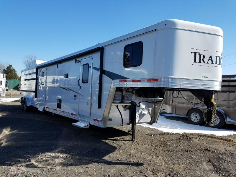 2018 Bison Trailers BISON 7011TBSTLT STOCK COMBO W/MID TACK AND LQ