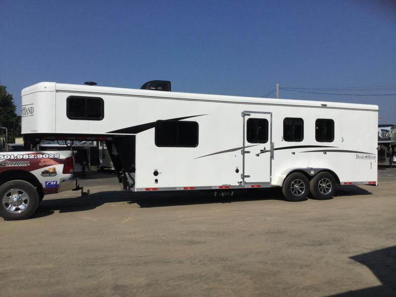 Bison 7308TH 3 Horse Trail Hand Living Quarters Trailer