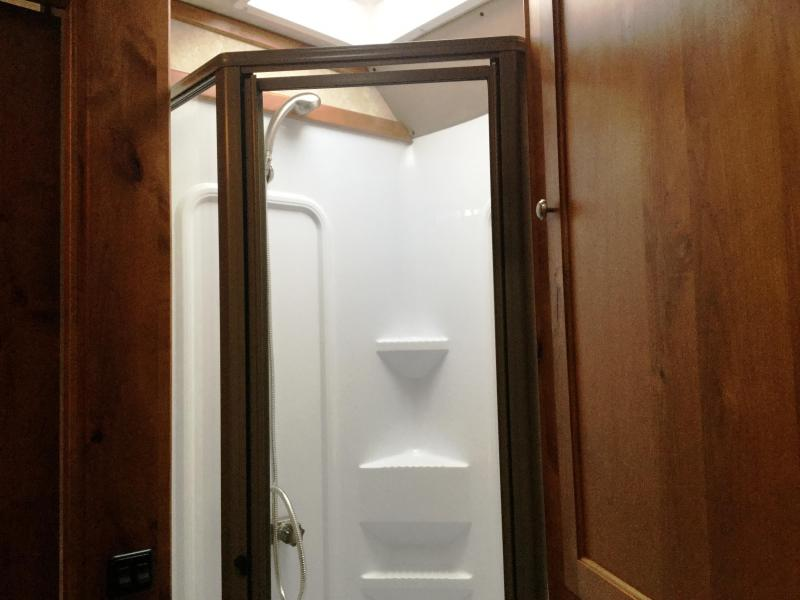 2017 LOGAN COACH LIMITED STOCK COMBO WITH MIDTACK AND LIVING QUARTERS ***JUST REDUCED***