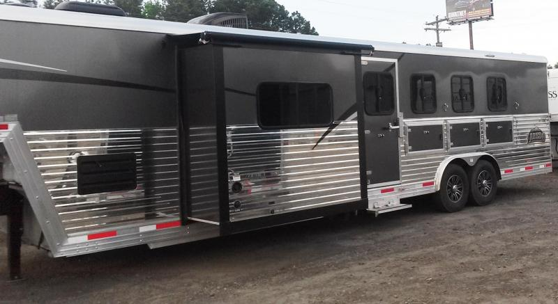 ***END OF THE YEAR SALE 2015 NEW BISON 8412LD 4H Laredo with Living Quarters ******