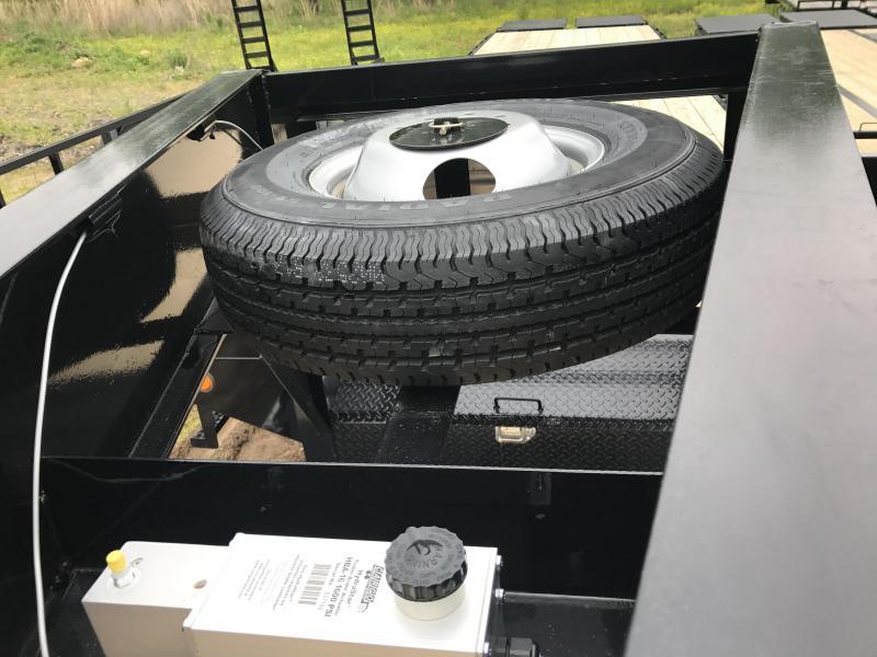 102x40 PJ Gooseneck Flatdeck-10K Duals-Disc Brakes-Air Ride-CLEARANCE
