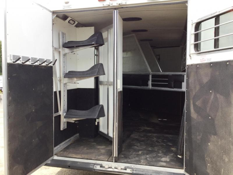 2005 Silver Star Trailers SUPREME 4H GN WITH MID TACK AND REAR TACK Horse Trailer