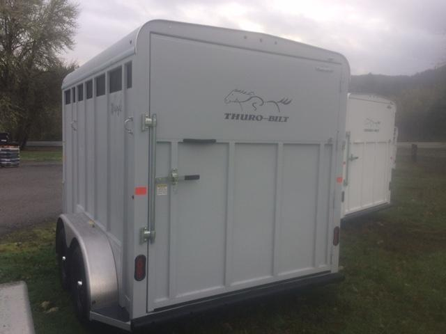 2018 Thuro-Bilt 2H Wrangler Plus Horse Trailer JR180085