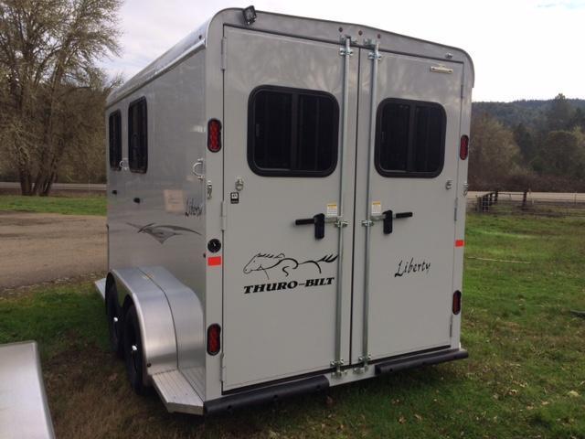 2018 Thuro-Bilt 2H Liberty Horse Trailer JR180083