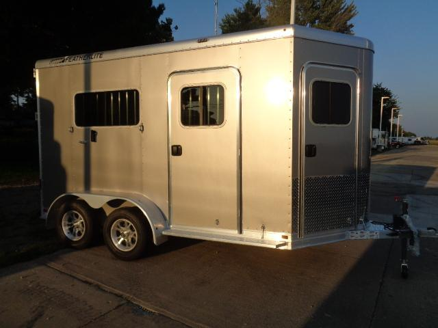 2019 Featherlite 9652 Horse Trailer
