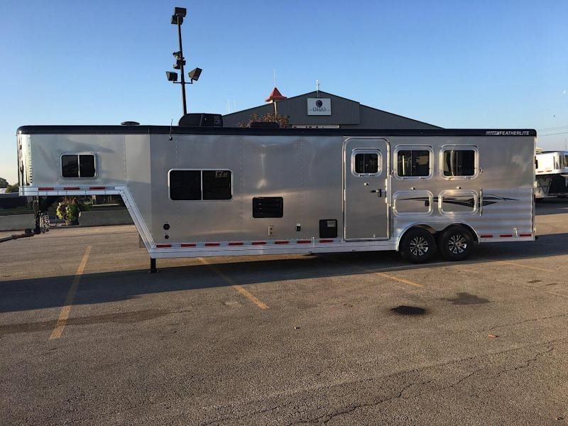 2018 Featherlite 8581 LQ Horse Trailer
