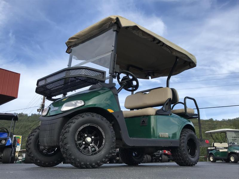 2018 E-Z-GO FREEDOM RXV SHUTTLE 22 ELECTRIC Golf Cart | T and T Golf on