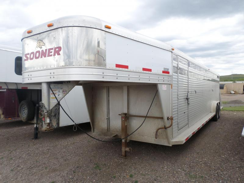 2011 Sooner Stock Livestock Trailer