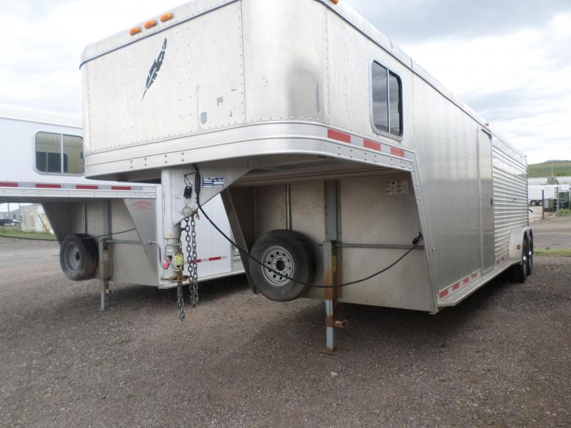 2004 Featherlite 8413 7024 Livestock Trailer