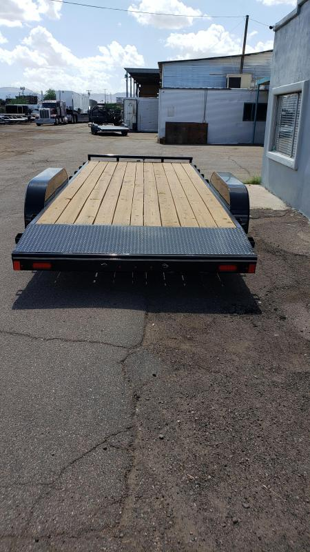 2019 Lamar Trailers Car Hauler Car / Racing Trailer