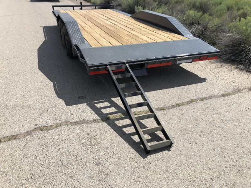 "2019 Lamar Trailers 102"" wide with drive over fenders CC-5.2k-20 Wood Deck Car / Racing Trailer / Buggy Hauler"