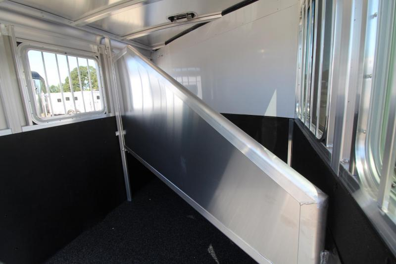 2018 Exiss Express XT - Polylast Flooring - 2 Horse Trailer Extruded Aluminum Black Side Sheets