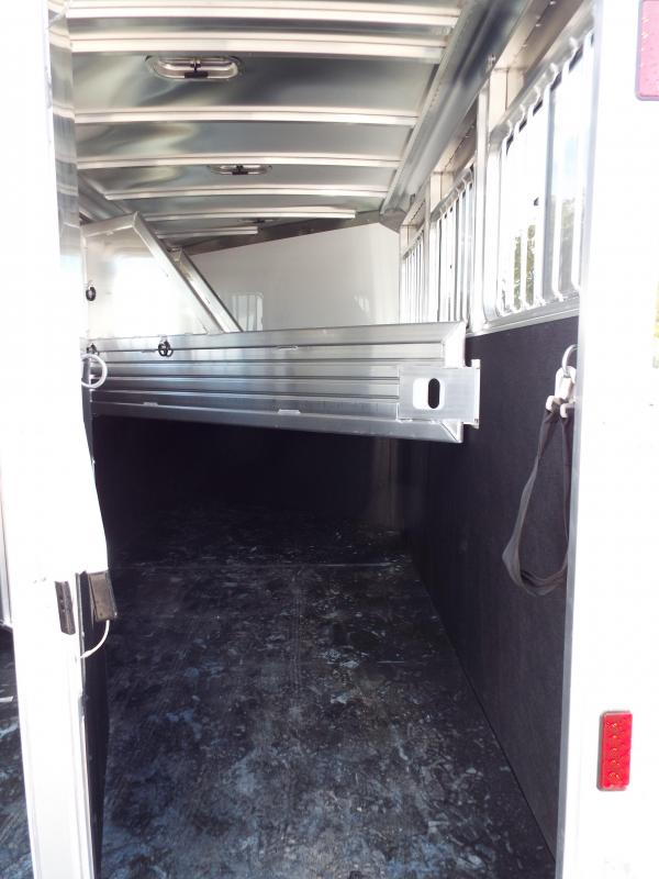 2017 Featherlite 9409 3 Horse Bumper Pull Trailer - All Aluminum - 7' Tall