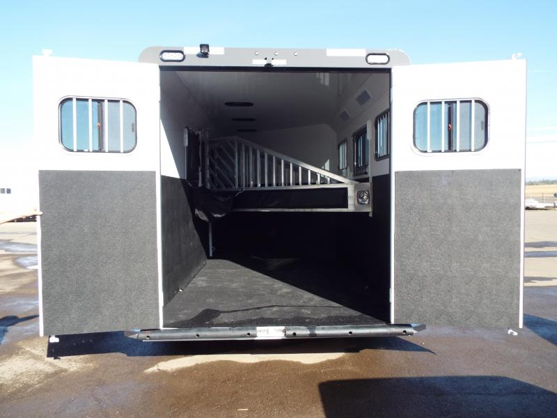 2018 Trails West Sierra Select Aluminum Vacuum Bonded Walls & Roof Alum Wheels 3 Horse Trailer - 1 Drop Down Tail side Window