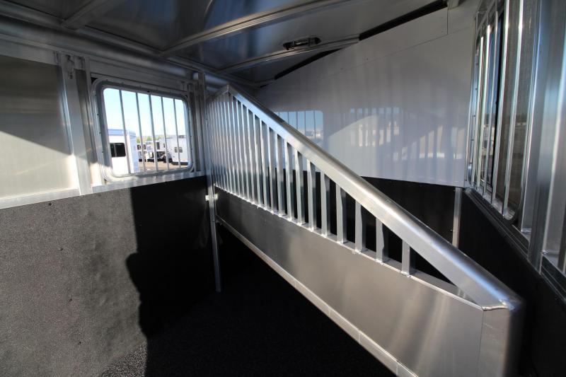 2018 Exiss Express XT 2 Horse Trailer - Polylast Flooring - Jail Bar Dividers