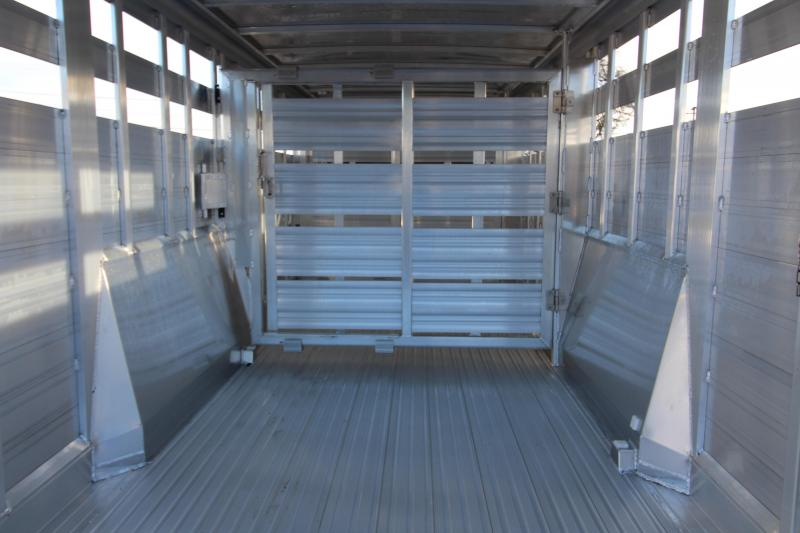"""2018 Featherlite 8127 - 24' All Aluminum Livestock Trailer - 7'6"""" Wide 6'6"""" Tall - Double Center Gates with Sliders"""