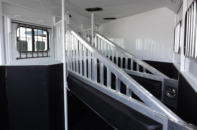 2016 Trails West Sierra Specialite 7.5' Tall - Mangers- 2' added to Dressing Rm-3 Horse Trailer
