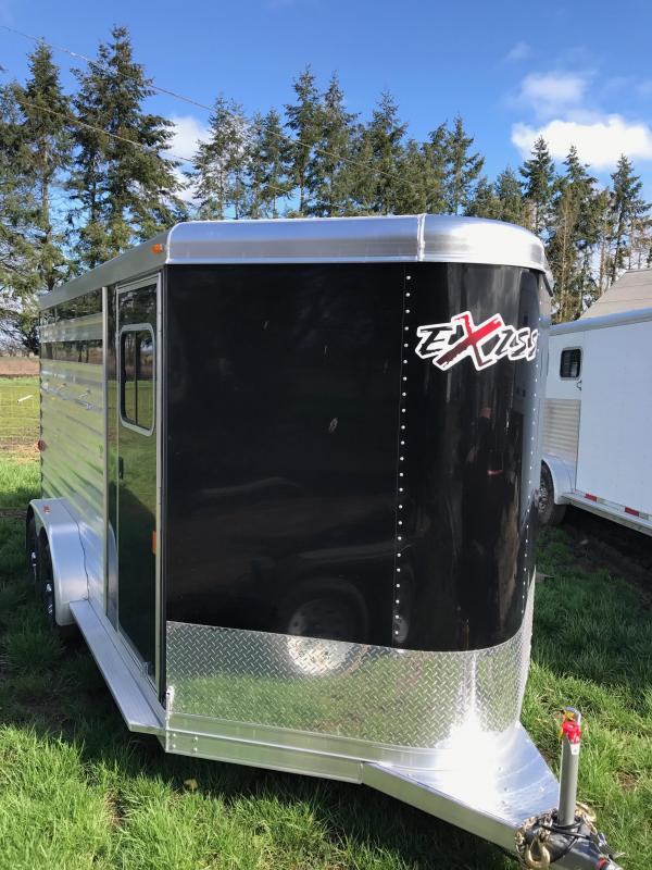 2017 Exiss Express CX 3 Horse Trailer - w/ Plexi Glass Inserts for Air Gaps - Enclosed Tack Room