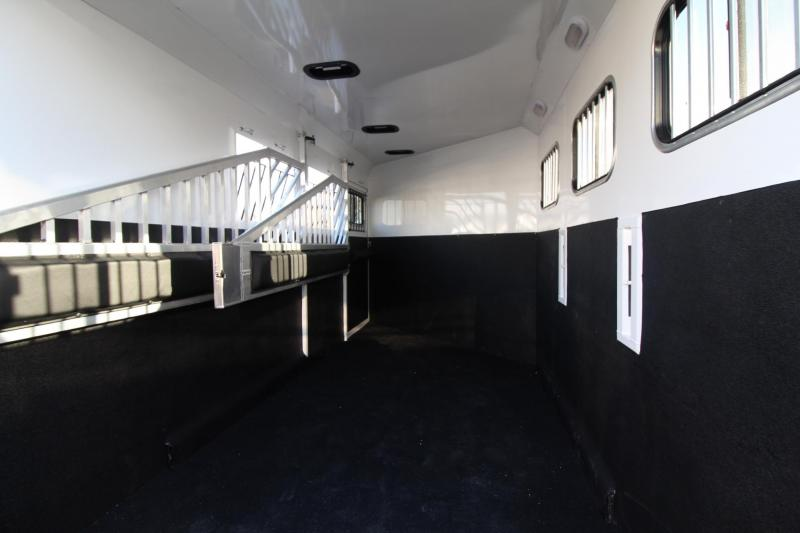 2018 Trails West Sierra 3 Horse Trailer - Extended Tack Room - Aluminum Skin Steel Frame