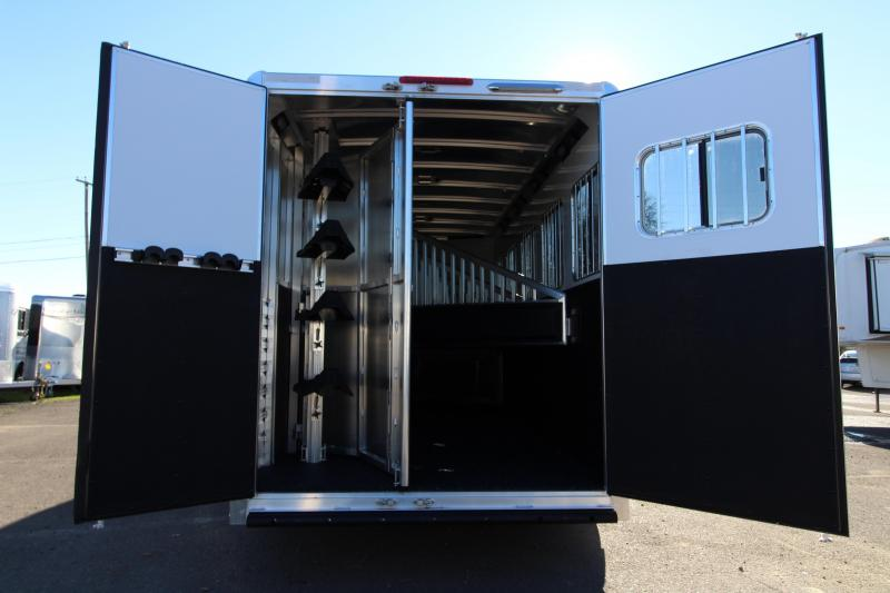 2018 Exiss 7500  - 5 Horse Trailer - All Aluminum - Stud Wall - UPGRADED Easy Care Flooring