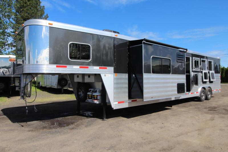 2017 Exiss Endeavor 8414 Glide B - Escape door - Stud Panel - Mangers - Easy Care Flooring - 4 Horse Trailer