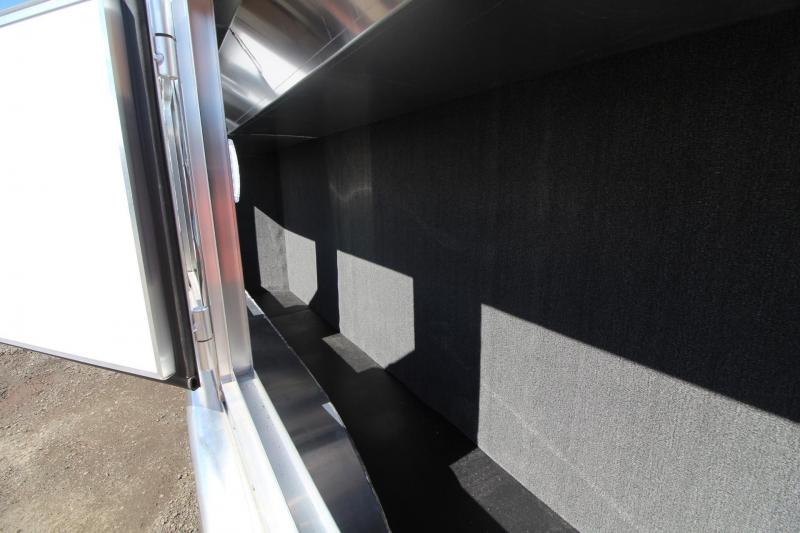 2017 Exiss Endeavor 8414 Glide B - Escape door - Stud Panel - Mangers - Easy Care Flooring - 4 Horse Trailer