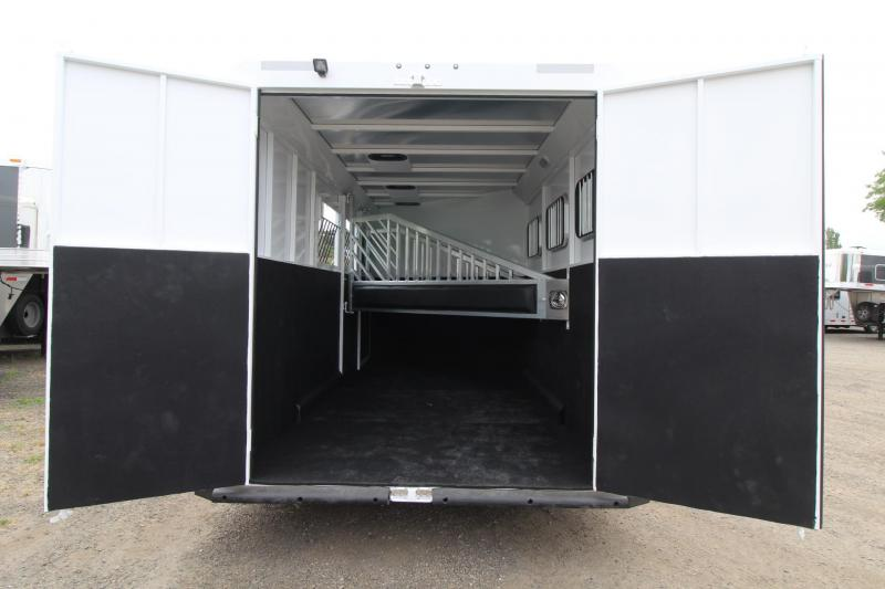 "2017 Trails West Classic 7' 6"" Tall - Escape Door - Aluminum skin - 3 Horse Trailer Price Reduced $300"