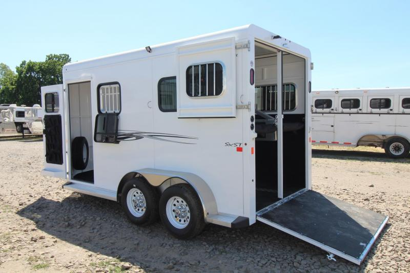 "2017 Trails West Royale SxST -PRICE REDUCED- 7'6"" Tall Flood Light Rubber Floor in Tack 2 Horse Warmblood Trailer"