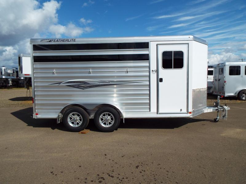 2018 Featherlite 9651 - 3 Horse Trailer - All Aluminum - Head and Tail Side Air Gaps with Removable Plexi Glass