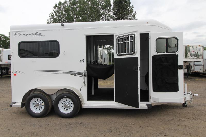 2017 Trails West Royale Plus - Straight Load Horse Trailer