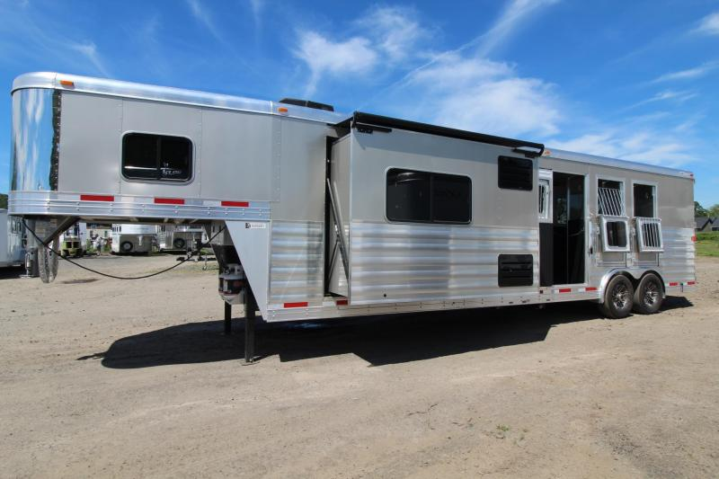 2017 Exiss Endeavor 8314 G B - Stud Panel - Gen Ready - 3 Horse Living Quarters Trailer