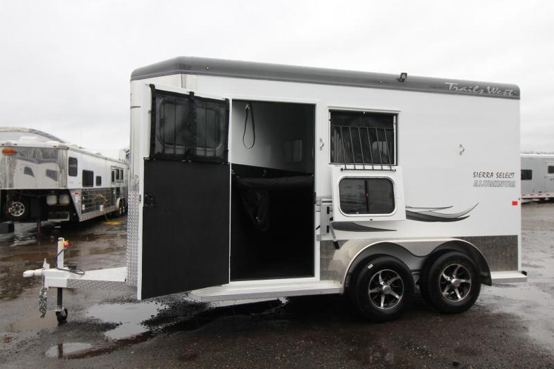 """2018 Trails West Sierra Select 7 6"""" Tall Insulated 2 Horse Trailer - Seamless Aluminum Vacuum Bonded Walls and Roofed"""