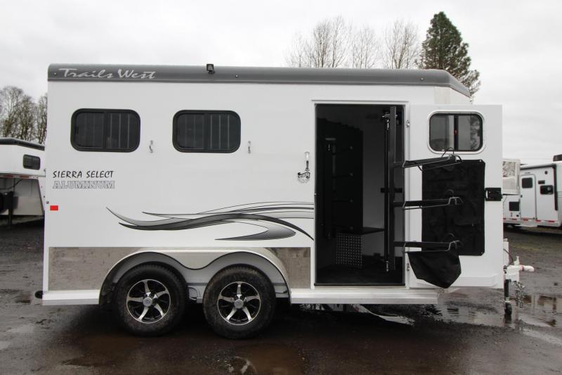"2018 Trails West Sierra Select 7 6"" Tall Insulated 2 Horse Trailer - Seamless Aluminum Vacuum Bonded Walls and Roofed"
