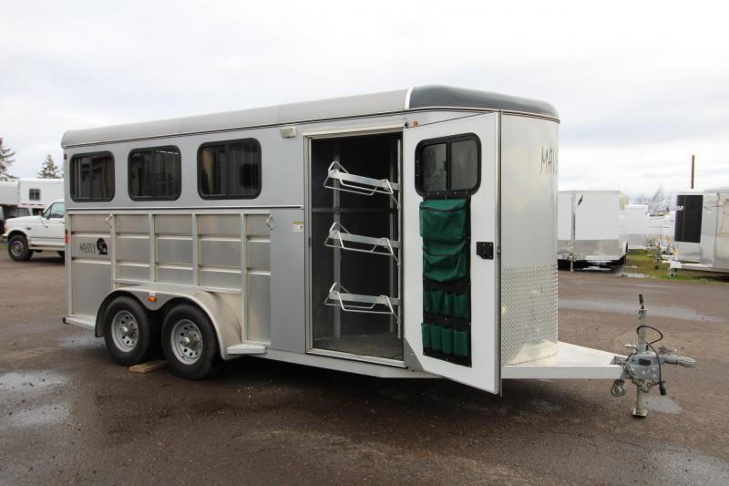 2016 C and B  Maverick 3 Horse Trailer - Swing Out Saddle Rack